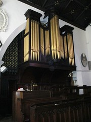 Carmarthen - St Peter's (pefkosmad) Tags: carmarthen carmarthenshire wales churchinwales christianity parishchurch church placeofworship hallowedground religion worship holiday vacation vacances organ