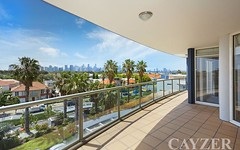 302/115 Beach Street, Port Melbourne VIC
