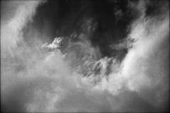 雲 (frenchvalve) Tags: 雲 cloud sky film analog 35mm monochrome bnw rangefindre