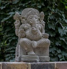 "Leipzig, Zoo, Statue ""Ganesha"", Gottheit im Hinduismus (joergpeterjunk) Tags: leipzig zoo outdoor kunst statue elefant canoneos5dmarkiv canonef100400mmf456lisusm ganesha gottheitimhinduismus"