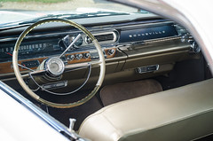 I'd love to have a car with a clear steering wheel rim (GmanViz) Tags: gmanviz color car automobile vehicle detail nikon d7000 1963 pontiac bonneville interior steeringwheel dashboard gauges chrome seat roof windshield wipers