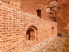 Zamek Książąt Mazowieckich w Ciechanowie (basiamarcisz) Tags: building mazovian mazowsze ciechanów zamek castle