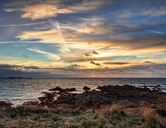 Fort Hommet sunset (Ian Toms) Tags: 2018 channelislands landscape cloud cloudporn clouds guernsey guernseylife guernseystyle locateguernsey sea sealife seascape sky skyporn sunset visitguernsey