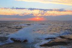 Waves (annemwo) Tags: seaside coast ocean waves autumn september tjøme norway sea water sunset sundown clouds sky