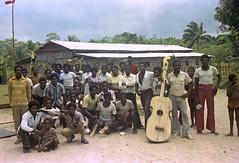 Album1-45-015b (Stichting Papua Erfgoed) Tags: mimika kamoro stichtingpapuaerfgoed pace nederlandsnieuwguinea papua irianjaya irianbarat