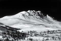 winter mountain (reiernilsen) Tags: mountain winter skitracks skiing norge norway eggedal gråfjell landscape nature photography reiernilsen canon 5dmkiii 135mm snow
