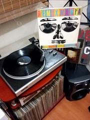 "Various. Remix Mania (1989/Epic-CBS/Brazil)   ""...but now you're gone What can i do I thought your love was true But now you're gone What can i say? It's best you're on your way On your way...""   #musiconvinyl #vintage #vinylporn  #discosdevinil #vinyllov (Edosoutros) Tags: scratch technics inch vintage realdjing freestyle huntvinyl life hiphopdj turntablist recordoftheday seeyou rock rega gradiente pioneerdj scratchdj audioporn musiconvinyl nowspinning djcity tornamesa giradischi rpms vinyllover vinylporn djing turntablism discosdevinil"