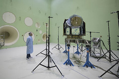 Cheops inside LEAF chamber (europeanspaceagency) Tags: esa europeanspaceagency space universe cosmos spacescience science spacetechnology tech technology cheops exoplanets inthecleanroom estec thenetherlands netherlands leafchamber leaf exoplanet spacecraf technologyimageoftheweek