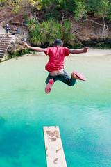 ¡Al agua patos! (Andrés Guerrero) Tags: 2018 agua children dive indonesia isladesumba jump kid lagoon laguna mar niño revelar salto sea sumba sumbaisland trampolin travel viaje nusatenggaratimur diving jumping saltando weekurilake weekuri lake