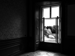 The Window (Renate R) Tags: trebnitz müncheberg brandenburg germany window fenster light mood trebnitzcastle blackwhite castle schlostrebnitz innamoramento