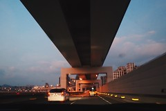 On the expressway (TAIPEI TAIWAN) (Wan.L) Tags: 城市 city リコー ricoh grii 車 台北 台灣 car sky road view night highway expressway taipei taiwan