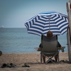 Relax... (VeitHausmann) Tags: sommer summer sea ostsee meer sun sonne schirm beach strand ausruhen entspannung