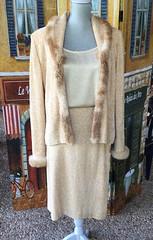 IMG_E3538 (jy.estate) Tags: forsale onsale vintage retro clothing ladies 1980s 1970s 1960s 60s 70s 80s designer wool stjohn stjohnknits stjohnknitwear knitwear cream beige tan white ivory fur furtrimmed sweater jacket cardican blazer twopiecesuit