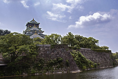 Osaka Castle (Synghan) Tags: osakacastle castle fort fortress osaka kansai japan japanese architecture building builtstructure pond roof rooftop cloud clouds cloudscape travel destination attraction landmark local regional region heritage remain tourism tour holiday vacation visiting photography horizontal outdoor colourimage fragility freshness nopeople foregroundfocus adjustment interesting awe wonder fulllength lowangle vivid sharpness hdr canon eos600d rebelt3i kissx5 sigma 1770mm f284 dc macro lens 오사카 오사카성 성 일본