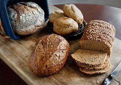 What`s the Healthiest Kind of Bread? (dietsauthority) Tags: diet lowglycemicdiet nutritionalvalue wellness