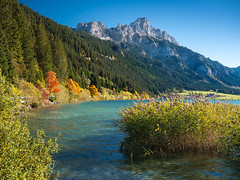 Autumn lake in Austria (bayernphoto) Tags: tannheimer tal tannheim haldensee tirol oesterreich austria berge alpen nesselwaengle mountain hoch gebirge alm see lake herbst autumn fall foliage verfaerbung bunt colorful klar clear ausblick blick view