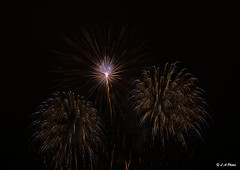 Bright sparks. (Lee1885) Tags: fireworks 5th november sparks sky dark night colours light