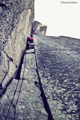 Tercer largo de la Arista NNE (vía Rebuffat-Terray) de la Aiguille de l' M, 2.844 m., Agujas de Chamonix, Alpes franceses, Chamonix, Francia (Ramón Muñoz - Fotografía) Tags: alpes alpinismo montañas francia chamonix agujas aiguilles de