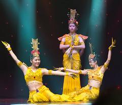 DAG_8906r (crobart) Tags: thousand hand bodhisattva eyes yate dance acrobatic team chinese china canadian national exhibition cne 2018 toronto