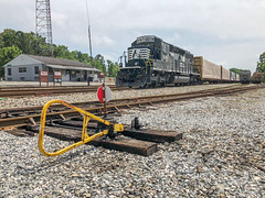 Switch (Neal3K) Tags: americusga georgia locomotive norfolksouthern rrswitch railroad ns3218