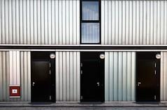 B (roberke) Tags: deuren doors deurkruk window raam venster straat street architecture architectuur b drie trio lijnen lijnenspel eenvoudig almere netherlands nederland