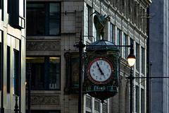 TIME ... five to five (mariola aga) Tags: chicago downtown buildings architecture clock time fivetofive coth coth5