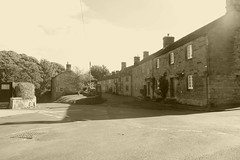 Bun Alley, Pilsley (dave_attrill) Tags: pilsley peakdistrict derbyshire village september 2018 buildings houses cottages street bunalley monochrome sepia