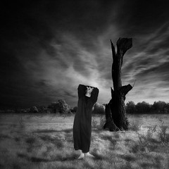screams (old&timer) Tags: background infrared le filtereffect composite surreal song4u oldtimer imagery digitalart laszlolocsei