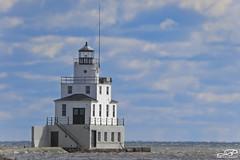 Manitowoc Breakwater Lighthouse (JBtheExplorer) Tags: manitowoc breakwater lighthouse light house lake michigan wisconsin habor
