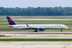 N588NW Delta Air Lines Boeing 757-351(WL) (Lin.y.c) Tags: n588nw delta air lines boeing 757351wl deltaairlines wl 757 757300 753 aviation airplane dtw kdtw