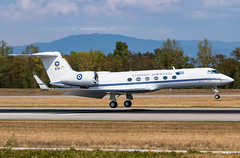 678 Gulfstream G-V Hellenic Air Force (Stephane GolfTraveller) Tags: 678 gulfstream gv hellenicairforce g500 g550 canon panning plane nature aeroport airport planespotting ©stephanegolftraveller greece bsl mlh euroairport basel mulhouse flughafen lfsb