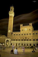 Piazza del Campo - Siena- (Cufari Photo) Tags: siena toscana travel lights night luci exposure people piazza monuments italia canon photo art