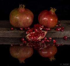 Pomegranates on Acrylic (_ Ivor_) Tags: pomegranate d7200 nikond7200 105mm nikon105mmf28vr 105f28 stilllife