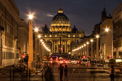 Rome - San Pietro at night (terry@sevensixty images) Tags: rome sanpietro sunset nightphotography lights crowds canoneos760