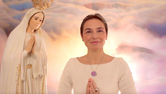2 Marias (MARIA PIOTROVSKAJA) Tags: maria mother mary angel beauty lady young woman beautiful hair smile smiling pray prayer praying holy light presence god i am love peace freedom face lilac vioelt