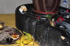 ॐ🔱 (komal.exe) Tags: hindu sikh temple culture india indian flower diwa krishna milk shiva shivji religion god goddess statue baby cute kid girl fountain water macro