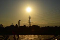 20180928_005_2 (まさちゃん) Tags: 高圧送電線 空 雲 夕暮れ時 夕陽 茜色