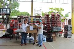 Beneficia IEEPO a escuelas de la Costa con mobiliario y equipo escolar