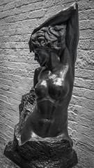 Independent (dayman1776) Tags: sony a6000 beautiful beauty black white nude sculpture sculptor escultura statue skulptur woman female girl figurative art museum brookgreen gardens
