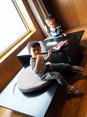 PA080499 (a9825bon) Tags: olympus 1240 75mm jeansda jeans denim companion redwing 9268