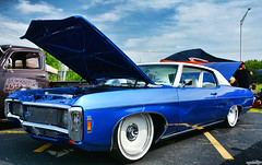 1969 Chevy Impala (Chad Horwedel) Tags: chevy chevrolet classic car odysseysweetspotsportsbar tinleypark illinois 1969chevyimpala impala