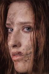 Creepy girl (guidokpunkt) Tags: makeup janine 2018 scars sfxart halloweenshooting halloween shooting haare scary nastyfreak guidokpunkt halloweenbeauty halloweenmakeup creepy blut wound model creepymakeup halloweencostumes openskin scarymakeup auge demon schminke sfxmakeup beautyshooting cut beauty