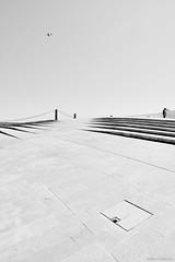Lissabon MAAT 1 bw (rainerneumann831) Tags: lisboa lissabon maat museum brücke treppe architektur bw blackandwhite ©rainerneumann linien