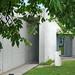 L'entrée du pavillon de conférences de Tadao Ando (Vitra, Weil am Rhein, Allemagne)