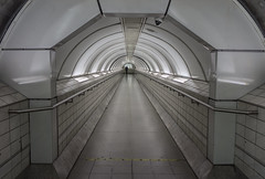 Waterloo and city line tunnel (In explore 3/10/2018) (EricMakPhotography) Tags: london underground waterloo tunnel deco art