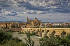 Puente Romano Córdoba (Kike- ) Tags: córdoba rio guadalquivir mesquita españa andalucia tormenta nubes