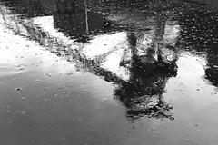 (Capt' Gorgeous) Tags: coal mine southwales rhonddablackandwhite industry rhonddaheritagepark museum pit headgear