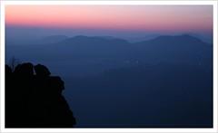 morning silhouette (https://www.norbert-kaiser-foto.de/) Tags: sachsen saxony sächsischeschweiz saxonswitzerland elbsandsteingebirge elbesandstonemountains morgen morgenrot sunrise sonnenaufgang lilienstein natur nature landschaft landscape berge tafelberge