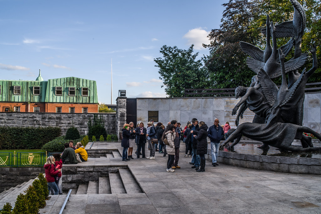 GARDEN OF REMEMBRANCE [PARNELL SQUARE DUBLIN CITY CENTRE]-144883