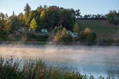 France - Isère - Étang - lever du jour - brume (Jean-Philippe Le Royer) Tags: landscape paysages g1x leroyer brume sunrise fog étang ciel leverdujour leverdesoleil pland'eau sun